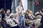Les Vitirots débattaient le 21 février, au gymnase Joliot-Curie. C'est, entre-autre, autour de la justice, de la réussite de la jeunesse, du service public et du développement durable que la contribution Vitriote s'est construite.