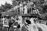 Les amis du Port-à-l'Anglais au défilé des fêtes du Lilas © Archives municipales