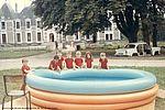 La piscine hors-sol de Tannerre vers 1970. 33Fi6-239