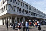 Le collège Josette-et-Maurice-Audin, implanté aux Ardoines a ouvert ses portes, le 3 septembre. Un équipement à découvrir en vidéo.